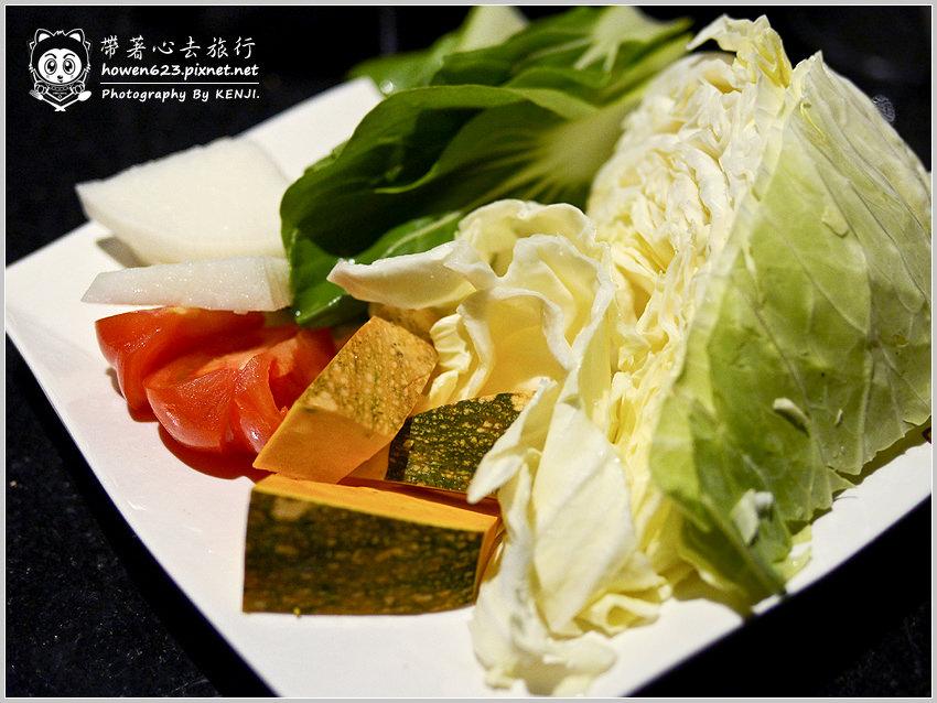 台中-嗆頂級麻辣鴛鴦鍋-014.jpg