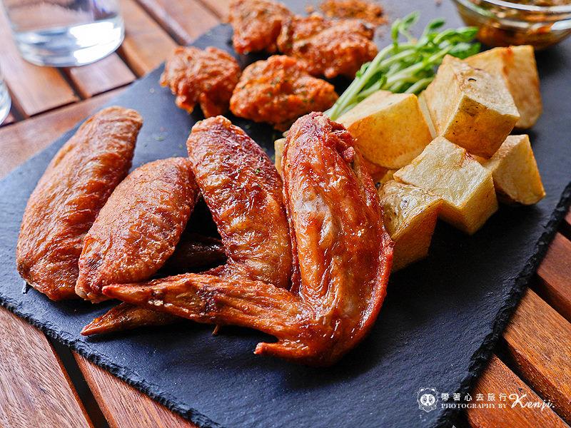 Saladaeng-cafe-38.jpg