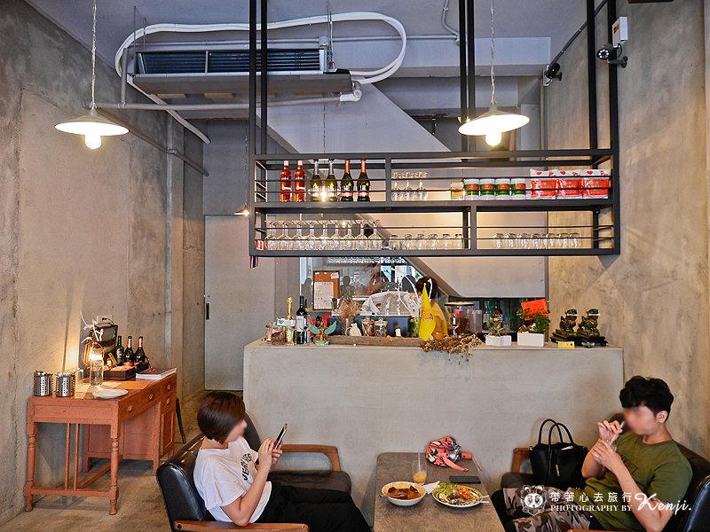 Saladaeng-cafe-7.jpg