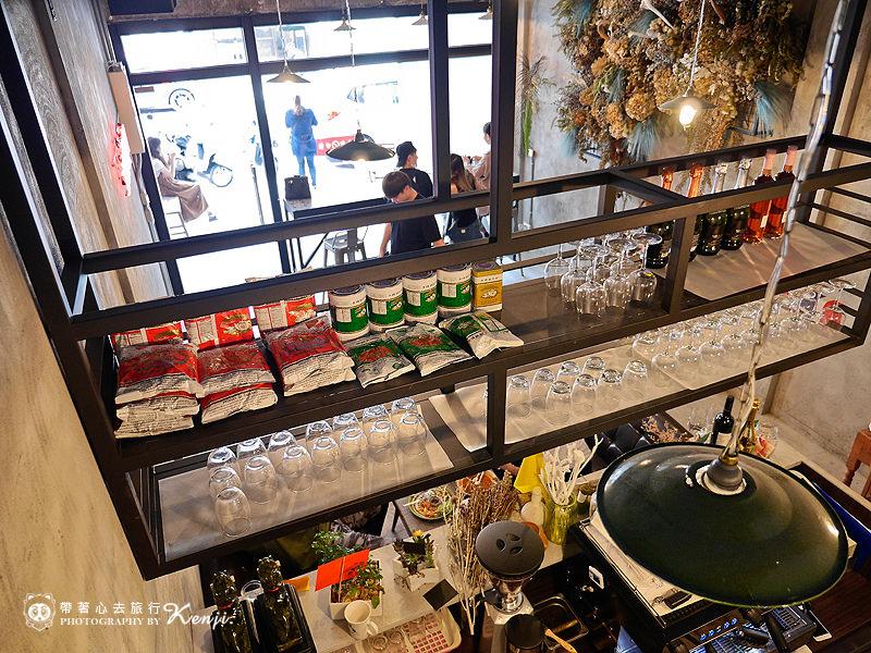 Saladaeng-cafe-18.jpg
