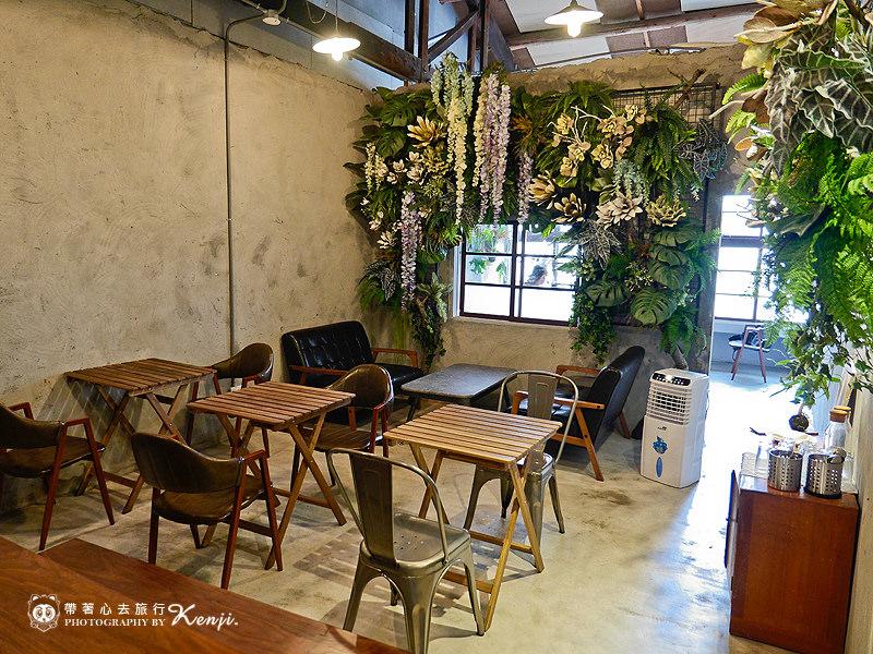 Saladaeng-cafe-21.jpg