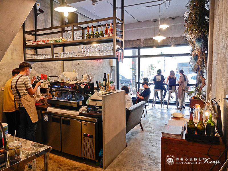 Saladaeng-cafe-17.jpg