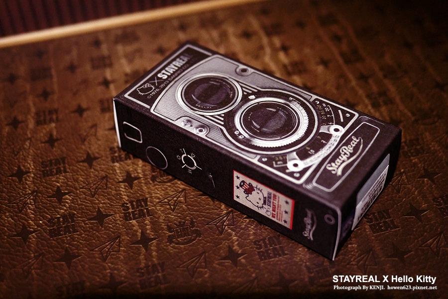 STAYREAL-Hello Kitty美國夢相機背帶 .jpg
