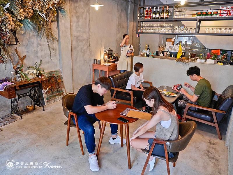 Saladaeng-cafe-6.jpg