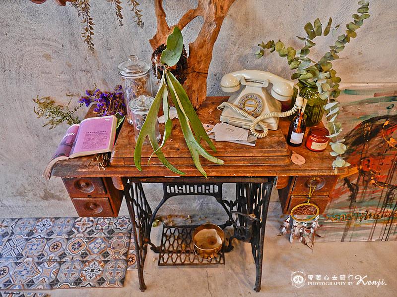 Saladaeng-cafe-9.jpg