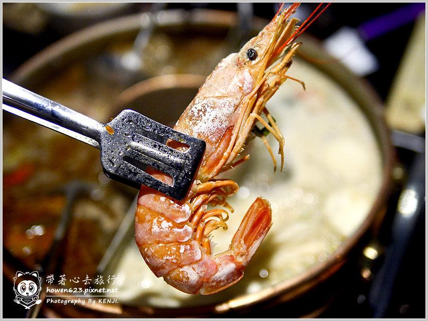 台中-嗆頂級麻辣鴛鴦鍋-012.jpg