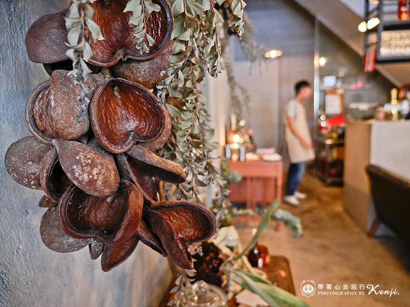 Saladaeng-cafe-12.jpg
